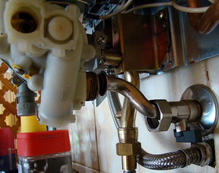 8 ganando barlovento for Calentador de agua junkers